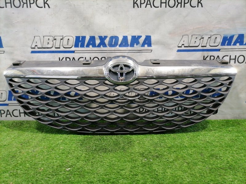 Решетка радиатора Toyota Duet M100A EJ-DE 2001 передняя 2-ой рестайлинг (3 мод.). Есть дефект хрома.