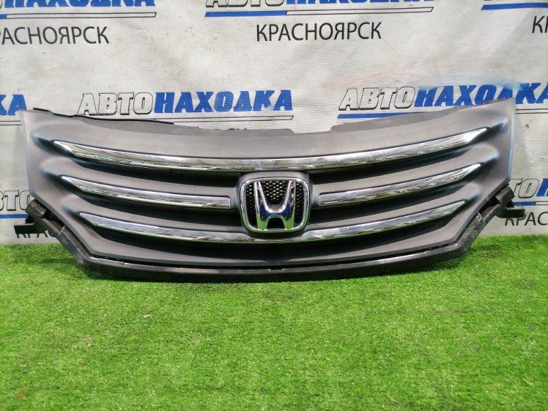 Решетка радиатора Honda Freed GB3 L15A 2008 передняя 71121-SYY-Z01 дорестайлинг, есть потертости,