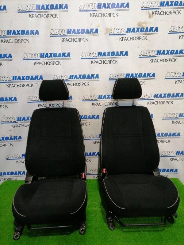 Сиденья Toyota Altezza GXE10 1G-FE 2001 передняя Передние пара, состояние новых, черная ткань, цвет