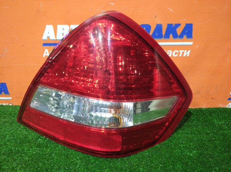 Фонарь задний Nissan Tiida Latio SC11 HR15DE 2004 правый 4088 1 мод седан