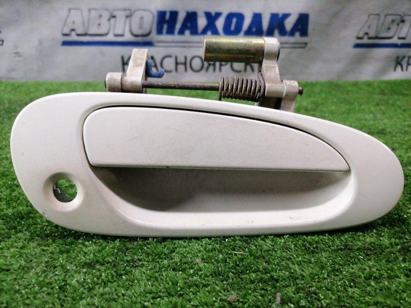 Ручка внешняя Honda Civic EU1 D15B 2000 передняя правая передняя правая, есть потертости.