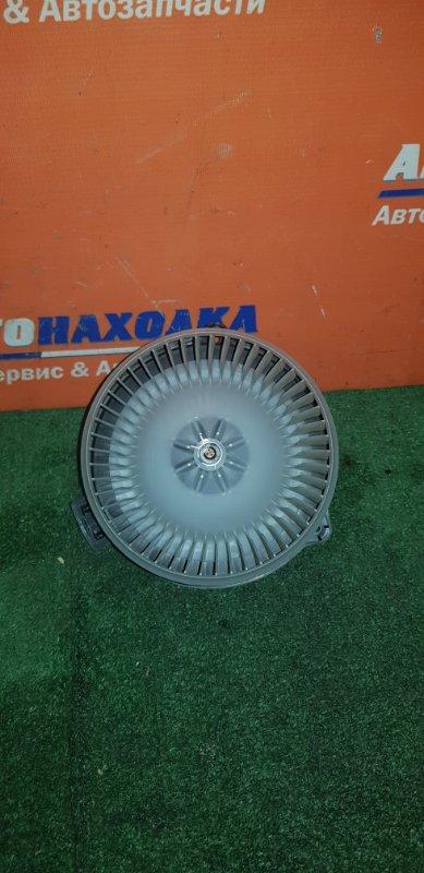 Мотор печки Honda Stream RN1 D17A 2000