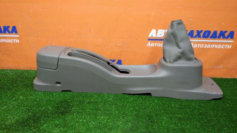 Консоль между сидений Nissan March AK12 CR12DE 2002 под МКПП