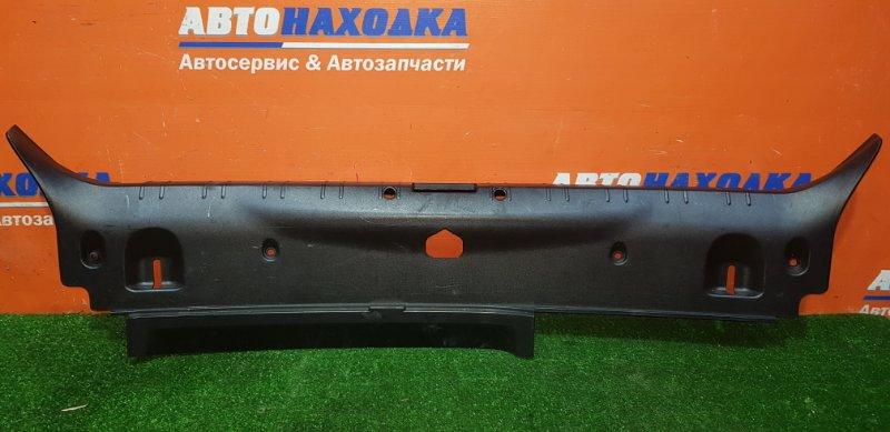 Накладка багажника Bmw 750I E65 N62B48B 03.2008 задняя 51478223560