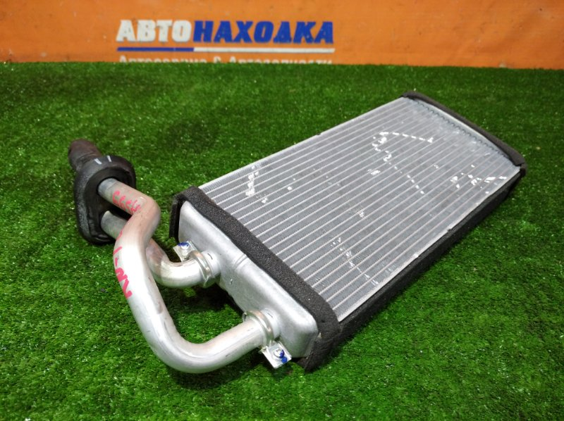 Радиатор печки Honda Stream RN1 D17A 2000