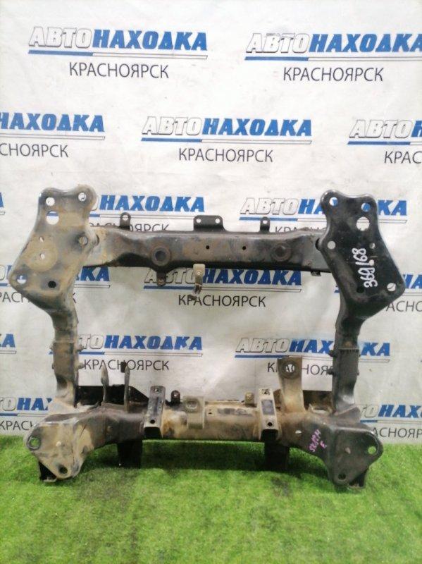 Балка поперечная Mazda Bongo SK82M F8 1999 передняя передний подрамник, 4WD