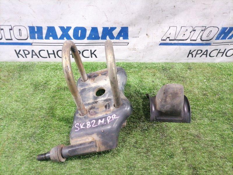 Стремянка рессоры Mazda Bongo SK82M F8 1999 задняя правая Задняя правая, под 3-х листовую рессору,