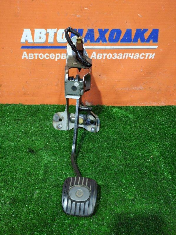 Педаль сцепления Nissan March AK12 CR12DE 2002 МКПП+лягушка