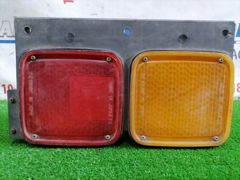 Фонарь задний Isuzu Forward FRR32H1 6HE1 1995 задний левый Задний левый, есть трещина на стекле