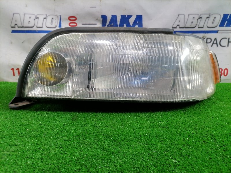 Фара Toyota Crown Majesta JZS149 2JZ-GE 1991 передняя левая 30-164 Передняя левая, галоген 30-164, есть мелкие