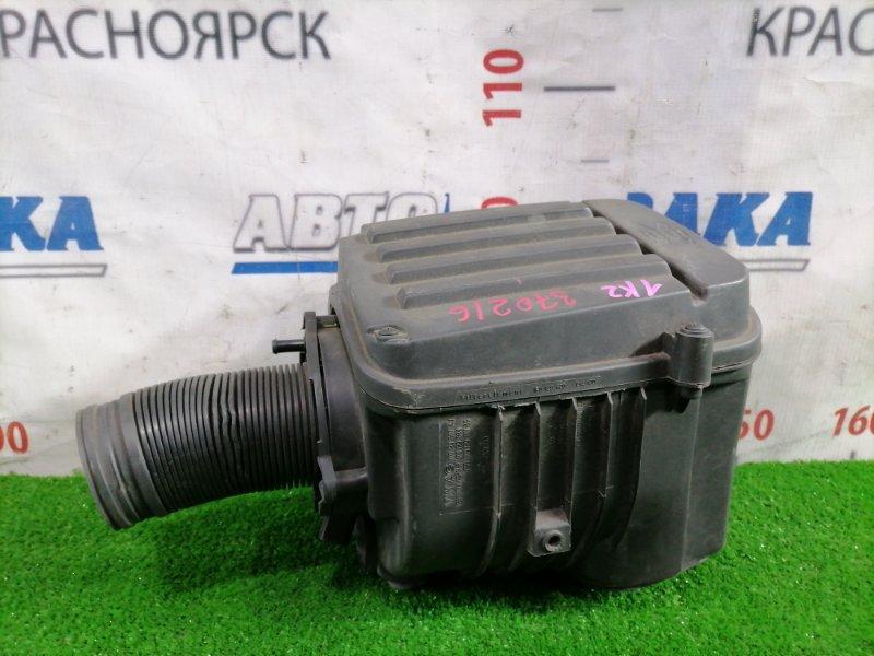 Корпус воздушного фильтра Volkswagen Jetta 1K2 BVY 2005 1K0129607AJ С датчиком, есть дефект 1