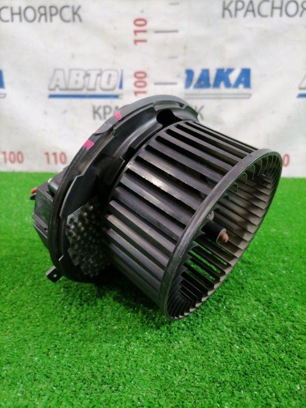 Мотор печки Volkswagen Jetta 1K2 BVY 2005 1K2820015D Правый руль, с реостатом 3C0907521, с фишками, есть