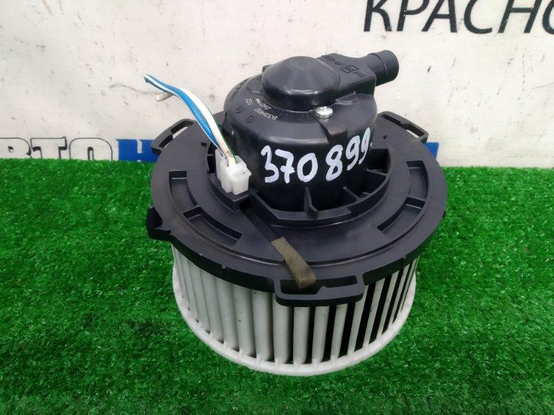 Мотор печки Mazda Premacy CWEFW LF-VDS 2010 с фишкой