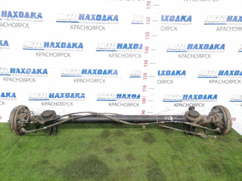 Балка поперечная Suzuki Chevrolet Cruze HR51S M13A 2001 задняя Задняя в сборе. Тросики ручника целые.