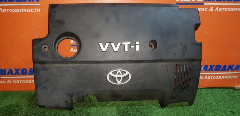 Крышка гбц Toyota Sienta NCP81G 1NZ-FE 2006 1121221021 декоративная