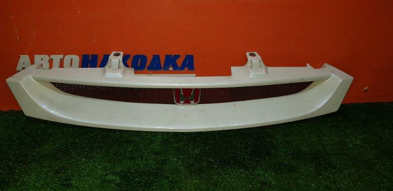 Решетка радиатора Honda Torneo CF4 F20B 1997 1 мод цвет NH624P тюнинг SIR красный значок