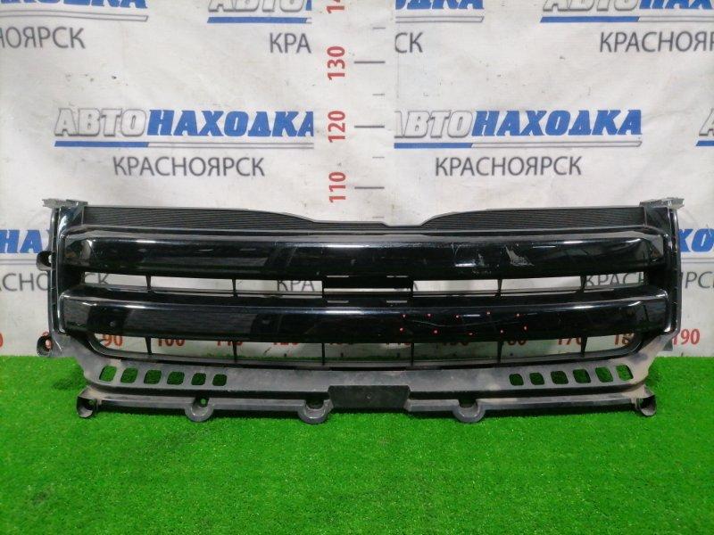 Решетка радиатора Toyota Noah ZRR70G 3ZR-FE 2007 53111-28530 1 модель, дорестайлинг, есть царапины и