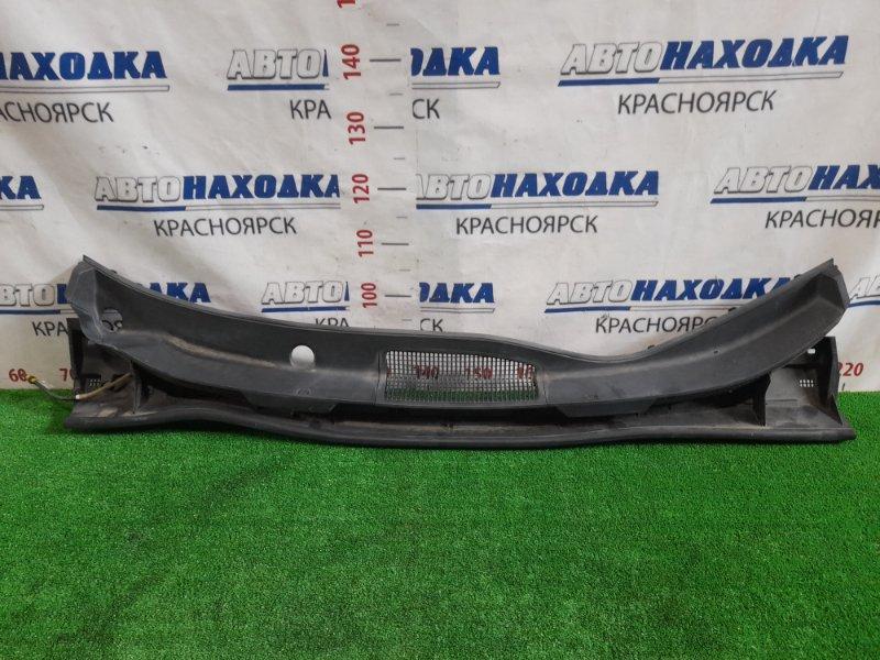 Ветровая панель Toyota Noah ZRR70G 3ZR-FE 2007 55708-28200 Есть потертости