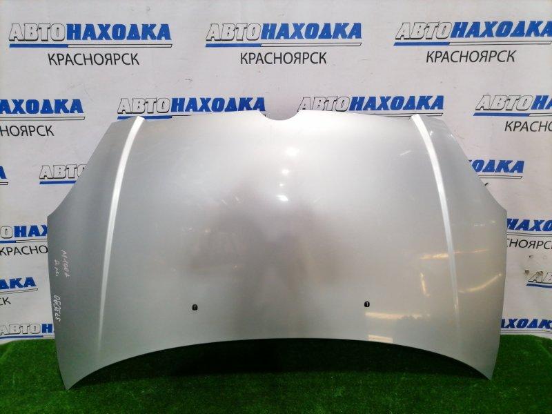 Капот Toyota Duet M100A EJ-VE 2001 передний Цвет S28, рестайлинг (2 мод.). Есть скол.
