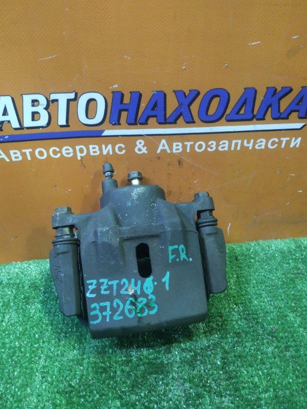 Суппорт Toyota Allion ZZT240 1ZZ-FE 05.2002 передний правый 25V-A СКОБА
