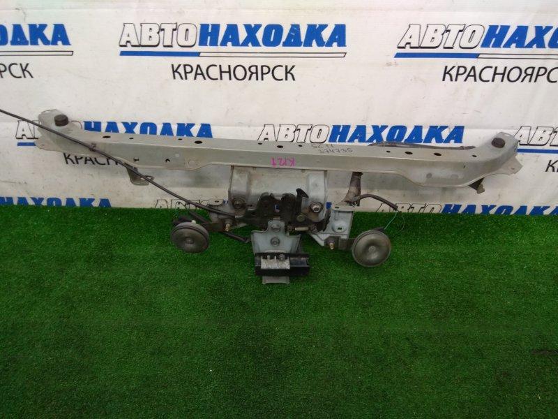 Рамка радиатора Nissan Tiida Latio SC11 HR15DE 2008 передняя верхняя верхняя часть, с замком и