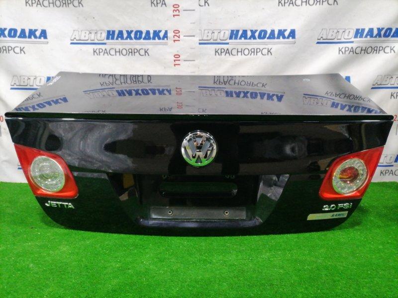 Крышка багажника Volkswagen Jetta 1K2 BVY 2005 задняя Задняя, цвет: 2T, в сборе, с фонарями,
