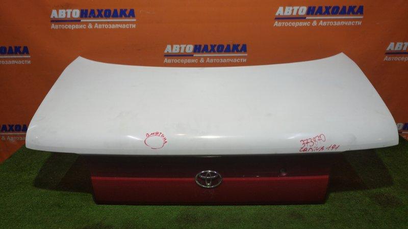 Крышка багажника Toyota Carina AT190 4A-FE 1992 1 мод. есть вмятина и сколы+замок