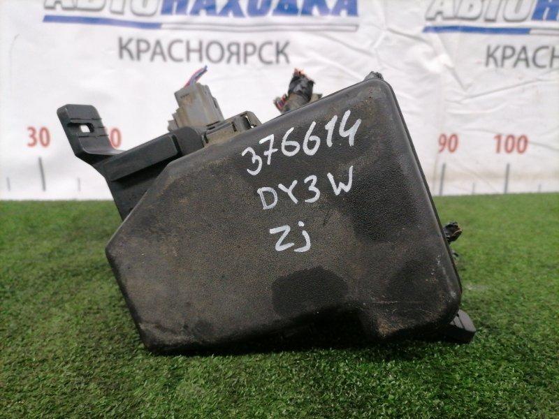 Блок предохранителей Mazda Demio DY3W ZJ-VE подкапотный, в сборе.