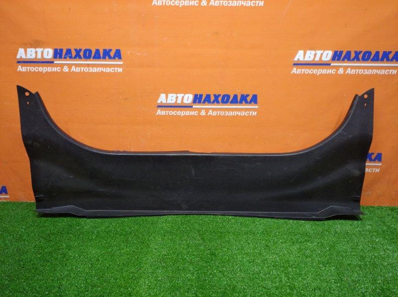 Накладка багажника Toyota Camry ACV40 2AZ-FE 2006 задняя