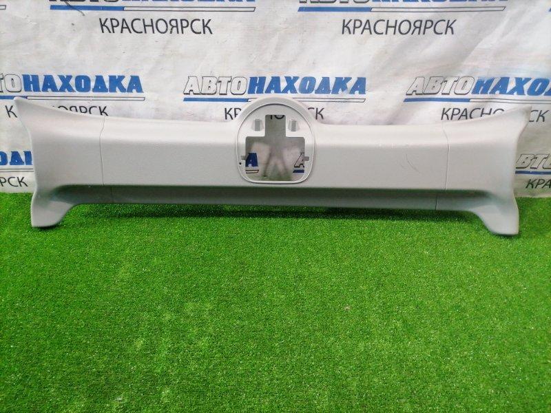 Накладка пластиковая в салон Renault Kangoo KC K4M 2003 82000110782 Накладка на потолок средняя,