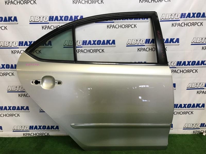 Дверь Toyota Premio ZZT240 1ZZ-FE 2001 задняя правая ХТС, задняя правая, серебристая (1C0), без обшивки