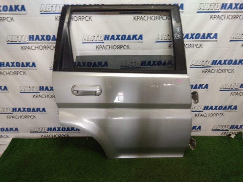 Дверь Honda Hr-V GH3 D16A 2001 задняя правая задняя правая, в сборе, серебристая (NH623M), царапинки,