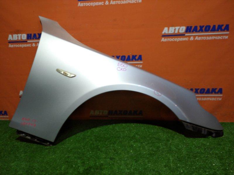 Крыло Bmw 525I E60 M54B25 2003 переднее правое повторитель / клипса / под покраску