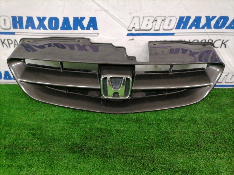 Решетка радиатора Honda Orthia EL2 B20B 1999 71120-S06X-0000 Рестайлинг (2 мод.), есть царапина