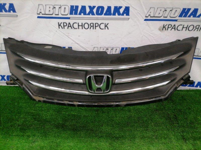 Решетка радиатора Honda Freed GB3 L15A 2008 71121-SYY-Z01 Дорестайлинг (1 мод.), есть потертости,