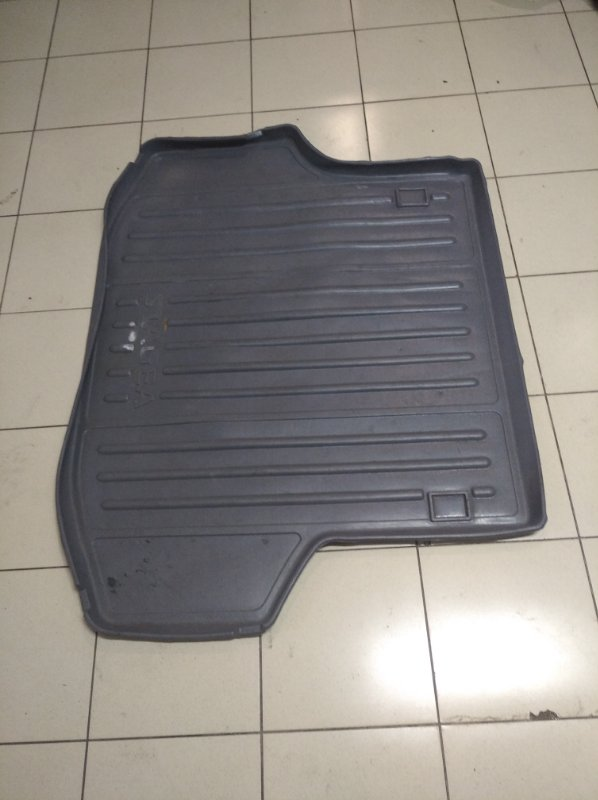Пол багажника Nissan Stagea M35 VQ25DD 2001 на пол/резина