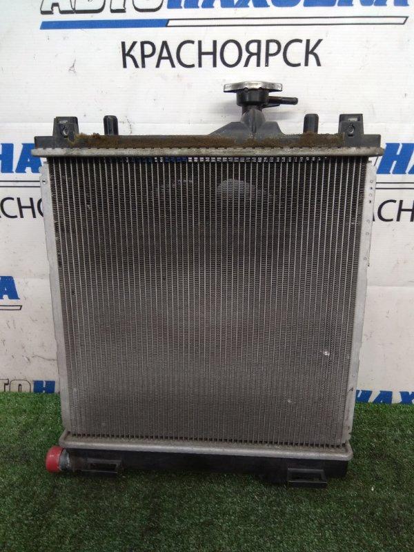 Радиатор двигателя Suzuki Kei HN22S K6A 2000 В сборе с диффузором и вентилятором, без трубок