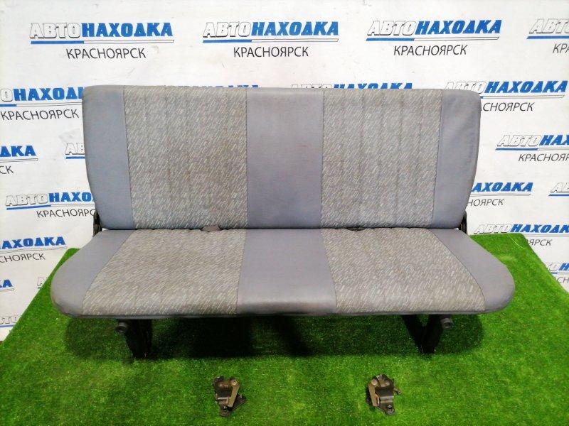 Сиденья Toyota Lite Ace Noah CR52V 3C-E 1996 задняя Задний складной диван, серый кожзаменитель.