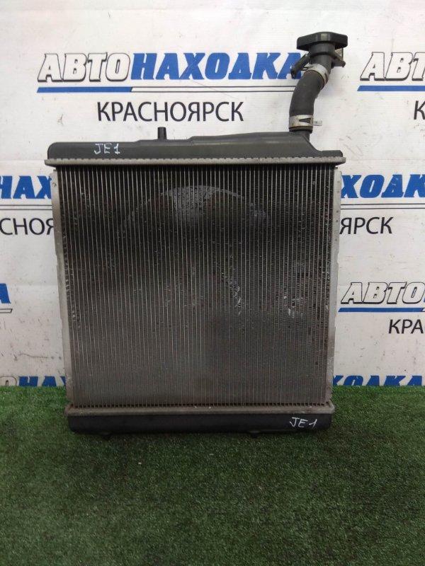 Радиатор двигателя Honda Zest JE1 P07A 2006 с диффузором и вентилятором, под АКПП