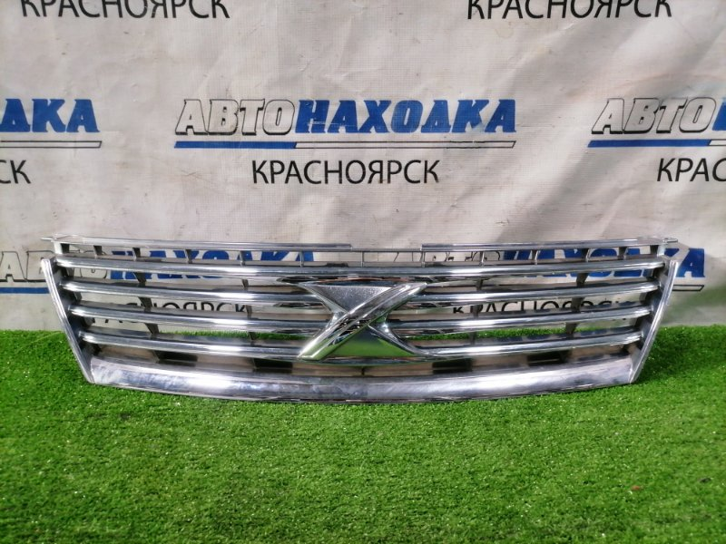 Решетка радиатора Toyota Mark X GRX120 3GR-FSE 2004 53101-22600 Дорестайлинг (1 мод.). Есть дефект