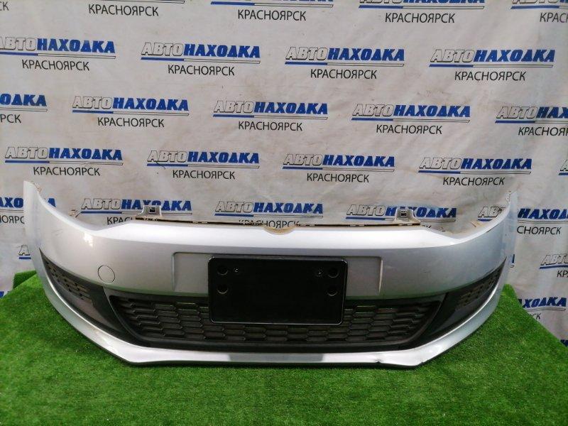 Бампер Volkswagen Polo 6R1 CBZB 2008 передний 6R0807221R передний, с заглушками. Есть потертости до