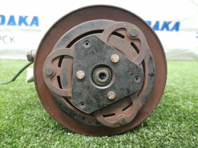 Компрессор кондиционера Mazda Laputa HP22S K6A 2000 95201-77G01 лом фишки.