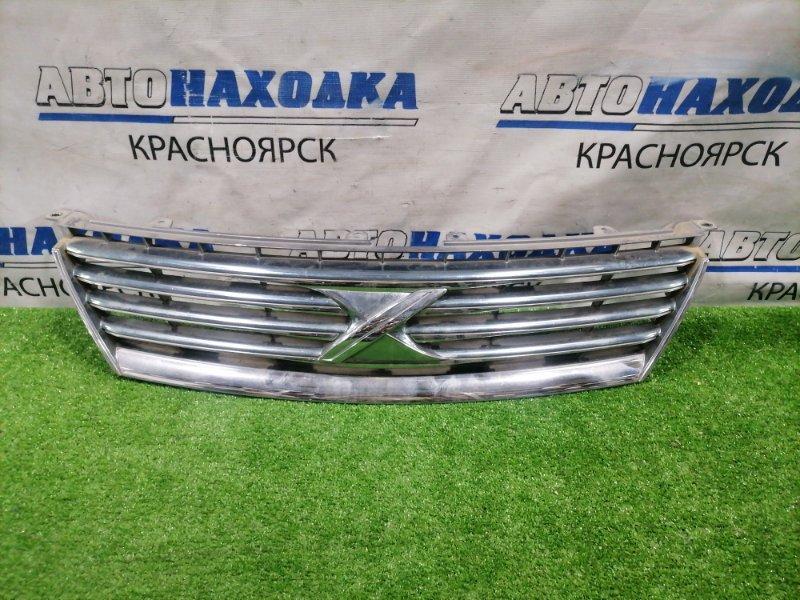 Решетка радиатора Toyota Mark X GRX120 3GR-FSE 2004 53101-22600 Дорестайлинг (1 мод.). Есть дефект хрома,