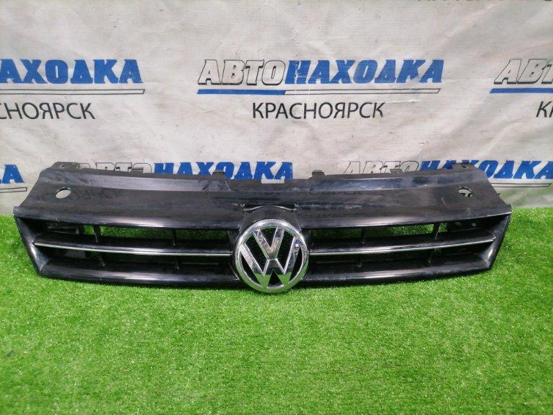 Решетка радиатора Volkswagen Polo 6R1 CBZB 2008 передняя 6R0853651AC черный глянец, есть мелкие