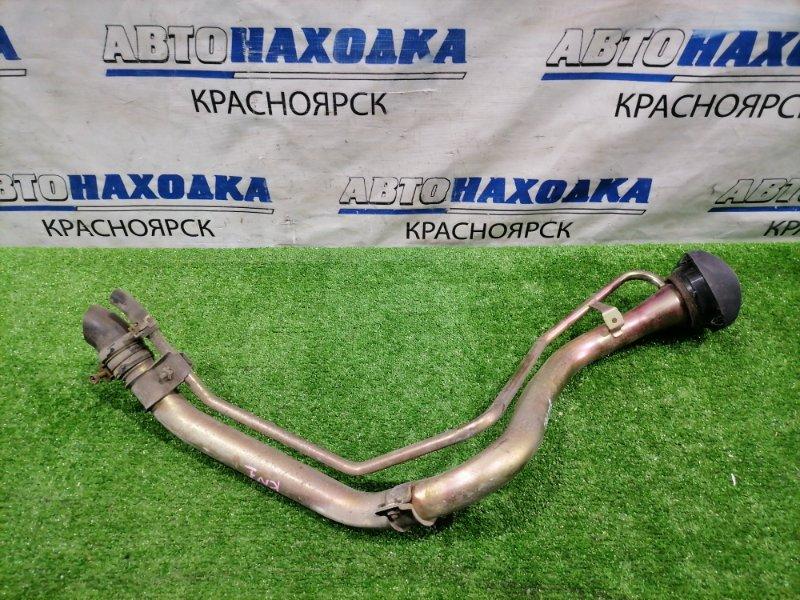 Горловина топливного бака Honda Stream RN1 D17A 2000 в ХТС.