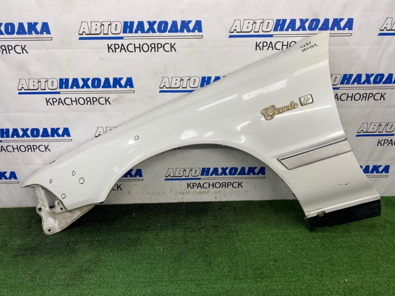 Крыло Toyota Mark Ii GX81 1G-FE 1988 переднее левое Переднее левое, белый перламутр, без маячка,