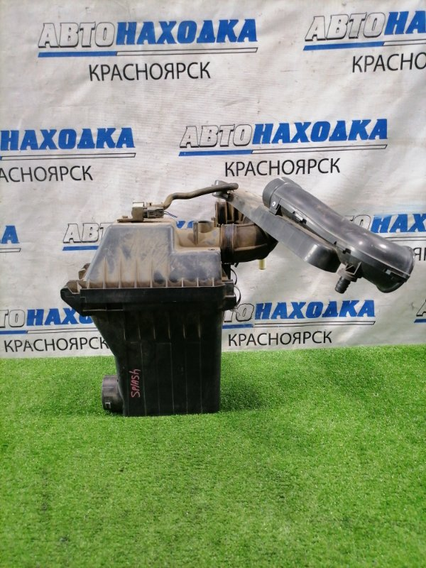 Корпус воздушного фильтра Suzuki Splash XB32S K12B 2008 с патрубками.