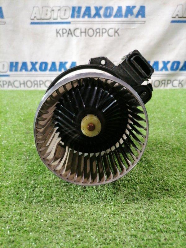 Мотор печки Suzuki Alto HA25V K6A 2009 2 контакта, дефект одной лопасти крыльчатки