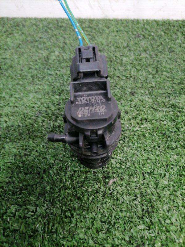 Мотор омывателя Toyota Wish ZNE10G 1ZZ-FE 2005 на лобовое стекло, 1 выход, 2 контакта