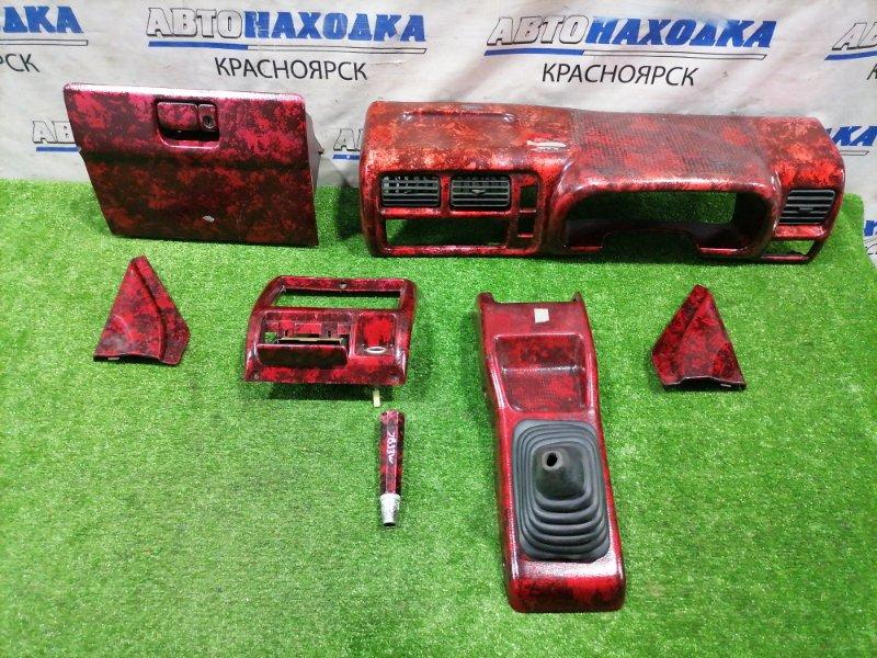 Накладка пластиковая в салон Suzuki Jimny JB33W G13B 1998 Комплект накладок в салон: бардачок,